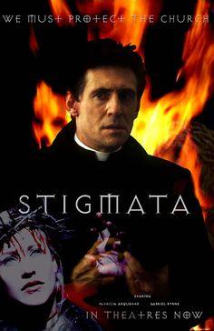 STIGMATA (1999) ist einSpielfilm, der den Konflikt zwischen Frankie, eineratheistischenjungen Frau ausPittsburgh, bei derStigmataauftreten, und Pater Kiernan, einem ordiniertenPriester, derWunderim Auftrag desVatikansauch ausnaturwissenschaftlicherSicht untersucht, beschreibt.