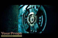 underworld locks | Underworld: Evolution (2006) , William's Prison Lock 1 of 2
