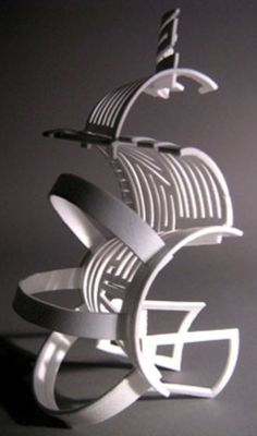 Create a sculpture out of 3 styrofoam cups, white straws, and hot glue Geometric Sculpture, Abstract Sculpture, Sculpture Art, Styrofoam Art, Sculpture Lessons, Small Sculptures, High School Art, Plastic Art, Art Lesson Plans