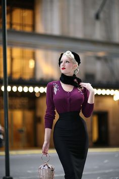 Vintage Fashion I love a deep aubergine plum for Fall/Winter, and it's actually a color that my husband says he especially loves on me. Top Vintage has . Fashion 60s, Rockabilly Fashion, Look Fashion, Vintage Fashion, Womens Fashion, Rockabilly Dresses, Pin Up Fashion, Vintage Mode, Look Vintage