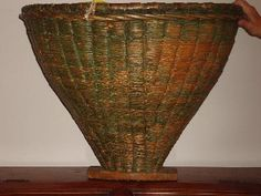 Antiques.com | Classifieds| Antiques » Decorative Interior » Antique Baskets For Sale Catalog 6