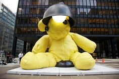"""Urs Fischer's """"Untitled (Lamp/Bear) on Park Avenue in New York City until October"""