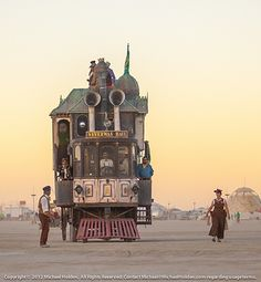 The Neverwas Haul Steampunk art car at Burning Man 2012 - http://releasingsteam.com/the-neverwas-haul-steampunk-art-car-at-burning-man-2012/