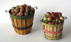 Tutorial for some miniature projects, including these wonderful baskets and apples.  From Joann Swanson DIY Miniatures blogspot.