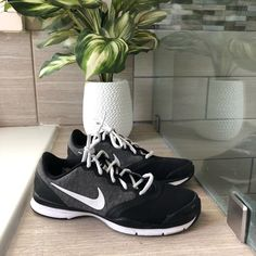 7967daf33 10 Best Nike ladies trainers images | Nike shoes, Athletic shoe ...