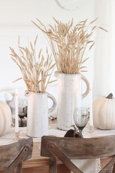 Fall Country Harvest Tablescape - Love Grows Wild Learn simple fall decorating tips from this beautiful country harvest themed fall tablescape Fall Home Decor, Autumn Home, Diy Home Decor, Autumn Decorating, Decorating Tips, Porch Decorating, Country Decor, Farmhouse Decor, Country Homes