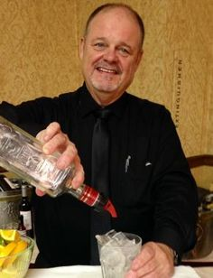 Ronnie, the Singing Bar Keep is a beverage catering business that is abreast in flair bartending. They are well acquainted in different kinds of drink recipes and alcohol mixes. Click for more photos and reviews.