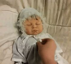 The perfect Baby Alien Doll Animated GIF for your conversation. Discover and Share the best GIFs on Tenor. Cool Baby Names, Aliens And Ufos, Quiz, New Trends, Best Funny Pictures, Memes, Animated Gif, Baby Dolls, Cute Babies
