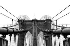 Die Brooklyn Bridge. eine der ältesten Bauwerke New Yorks .. noch bevor die Hochhäuser gebaut erlebte dieses Monument Einzug in die Geschichte Amerikas.