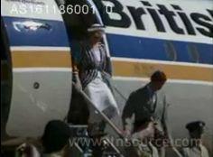 1986-11-16 Diana and Charles arrive in Bahrain and are met by Sheikh Isa Bin Salman Al Khalifa