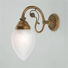 An other beautiful wall lamp