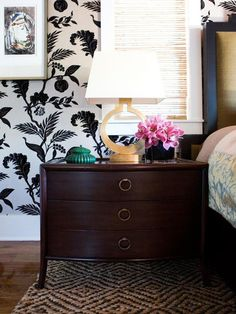 Create Art - Contemporary Wallpaper Design Trends on HGTV