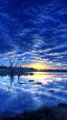 Ahmet krtl - Blue sunset sky full of clouds, water Beautiful World, Beautiful Places, Landscape Photography, Nature Photography, Blue Sunset, Beautiful Sunrise, Nature Pictures, Amazing Nature, Belle Photo