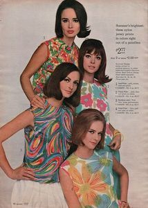 Collectible Print AdBrightest Womens Nylon Jersey Print Tops Right Out of PaintboxInventory Code - Summer 1965 Sears CatalogSize - 8 x 11 inchesAll Items are Originals no Reprints or CopiesCondition - Very Good - This ad could 60s And 70s Fashion, Mod Fashion, Fashion Prints, Vintage Fashion, Vintage Style, Retro Outfits, Vintage Outfits, Vintage Clothing, Suits Tv Shows