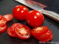 Italienske kjøttboller - TRINEs MATBLOGG Moussaka, Some Recipe, I Love Food, Tapas, Food And Drink, Beef, Vegetables, Cooking, Recipes