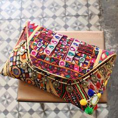 MANDREM by NAWERI 119€ Boho clutch made from antique embroidered fabrics with a removable strap. Pochette confectionnée à partir de tissus brodés antiques. Chaîne amovible. Modèle unique.