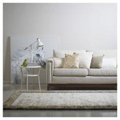 Bienvenido a Homy.cl. Todo para amoblar y decorar tus espacios. Homy, diseño para todos. Outdoor Sofa, Outdoor Furniture, Outdoor Decor, Home Decor, Environment, Modern Furniture, Occasional Tables, White Colors, Bud Vases