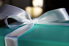 Love Tiffanys & Co? Why not customise your wedding invitations, cake, favours to the Jewelry - I saw the most amazing set-up done by Tiffany & Co in Japan.. seamless. If you want to go the extra mile, buy the ribbon and have it printed with the logo just for the added touch!