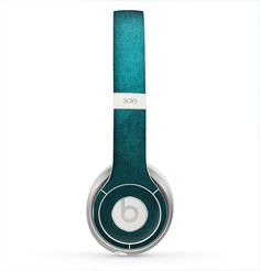 The Vinatge Blue Overlapping Cubes Skin for the Beats by Dre Solo 2 Headphones
