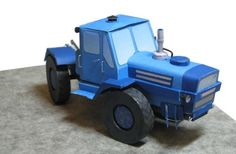 T-150K Traktor Free Vehicle Paper Model Download
