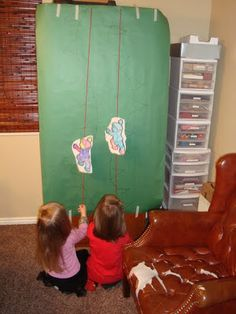 Lots of hands-on ideas and crafts!  Heaps of Laundry: Theme of the Week: Fairy Tales