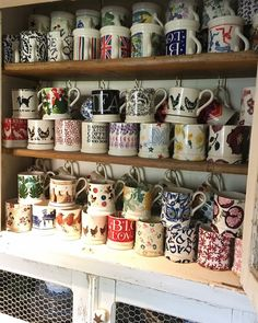 Emma Bridgewater Pottery, Awesome Stuff, Dresser, Kitchens, Rice, China, Illustrations, Ceramics, Mugs