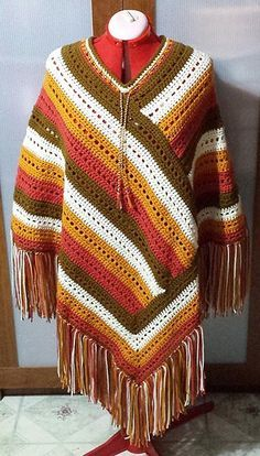Autumn Morning Poncho By Lori-Anne Ketola - Purchased Crochet Pattern - (ravelry) Poncho Au Crochet, Poncho Shawl, Crochet Scarves, Crochet Clothes, Knit Crochet, Crochet Capas, Knitting Patterns, Crochet Patterns, Crochet Accessories