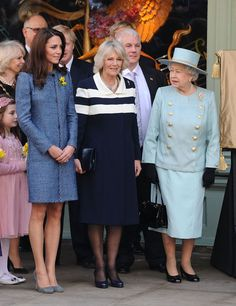 Catherine, Duchess Of Cambridge, Camilla, Duchess Of Cornwall and Queen Elizabeth II, visit Fortnum & Mason store. (Camilla just does not have good fashion sense here whatsoever. Princesse Kate Middleton, Kate Middleton Prince William, Prince Charles And Camilla, Prince Philip, Princess Katherine, Princess Meghan, Camilla Duchess Of Cornwall, Duchess Of Cambridge, Duchess Kate