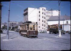 Ακτή Μιαούλη, Πειραιάς, το τραμ της Παραλίας, 1954.