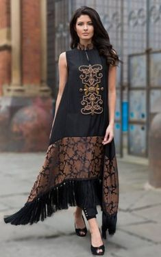 N para vestir beautiful house pictures - House Beautiful Kurta Designs, Blouse Designs, Pakistani Dresses, Indian Dresses, Indian Outfits, Stylish Dresses, Casual Dresses, Fashion Dresses, Batik Fashion