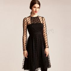 Dress : Black Pleated Dress