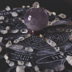 Devotee of Hermes and Hekate. Sarcastic old witch. High Priestess Temple of Witchcraft. Mostly reasonable answers to witchcraft questions. Crystal Grid, Crystal Ball, Crystal Magic, Crystal Healing, Trollhunters Steve, Types Of Witchcraft, Beginner Witchcraft, Green Witchcraft, Maleficarum