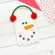 Learn how to make a Craft Stick Snowman Ornament with the kids this Christmas - A fun and easy Christmas Craft for kids using popsicle sticks. Christmas Decorations For Kids, Christmas Crafts For Kids To Make, Diy Gifts For Kids, Easy Crafts For Kids, Kids Christmas, Xmas Crafts, Kids Diy, Kid Crafts, Easy Preschool Crafts