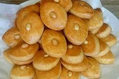 """Tortul """"Ziua și noaptea"""" — un desert simplu, ușor și delicios! - Retete-Usoare.eu Bagel, Biscotti, Doughnut, Sweets, Bread, Desserts, Youtube, Food Food, Sweet Pastries"""