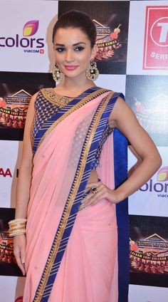 Amy Jackson in cool Pink Saree Looking Gorgeous – Hot and Sexy Actress Pictures Indian Beauty Saree, Indian Sarees, Amy Jakson, Indian Designer Outfits, Most Beautiful Indian Actress, Indian Celebrities, Bollywood Fashion, Bollywood Saree, Party Wear Sarees