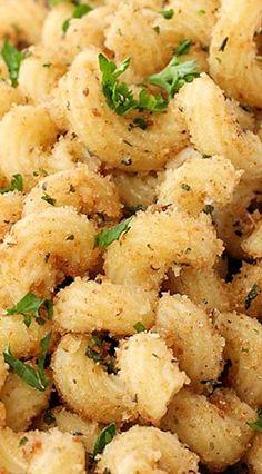 Garlic Bread Pasta | Easy, Kid-Friendly Recipes the Whole Family will Love