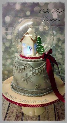 Christmas Snowglobe Cake