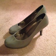 Abound grey high heals Good condition, a few scuffs (see pictures). 2.5 in heal Abound Shoes Heels