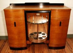 Art Nouveau and Art Deco, Oak Art Deco Sideboard/Cocktail Cabinet