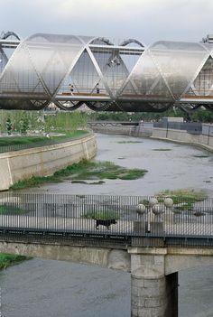 Arganzuela Footbridge, Madrid, Spain - Dominique Perrault Architecture #bridge