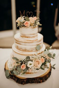 wedding cakes with flowers - wedding cakes ` wedding cakes elegant ` wedding cakes simple ` wedding cakes rustic ` wedding cakes with cupcakes ` wedding cakes unique ` wedding cakes vintage ` wedding cakes with flowers Wedding Cake Designs, Wedding Themes, Wedding Colors, Wedding Decorations, Wedding Ideas, Cake Table Decorations, Cool Cake Designs, Wedding Events, Perfect Wedding