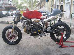 Radical Ducati S.L.: abril 2012