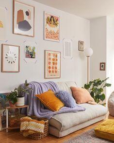 Retro Home Decor Cozy Living Rooms, Home Living Room, Living Room Decor, Living Spaces, Bedroom Decor, Dog Spaces, Cozy Bedroom, Diy Home Decor Rustic, Retro Home Decor