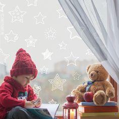 Vul je raam met allerlei lieve en leuke sterren en doe bij elke tekening een wens. Deze sterren raamtekening is leuk voor de feestdagen, maar natuurlijk ook tijdens de rest van het jaar.