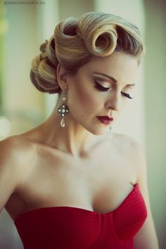50 Cute and Trendy Updos for Long Hair - Hair Styling Wedding Hair And Makeup, Hair Makeup, Wedding Updo, 1950s Wedding Hair, Rockabilly Wedding Hair, 50s Makeup, Pin Up Makeup, 1950s Hair And Makeup, Wedding Hair Styles