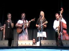 The Isaacs - Bluegrass Gospel Medley - Romp 2010...I like me some good gospel knee slappin', toe tappin' music...