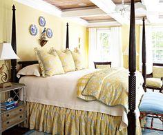 Benjamin Moore Hawthorne Yellow walls, Super White trim - Yellow bedroom, via RoomLust Benjamin Moore, Dream Bedroom, Home Bedroom, Bedroom Decor, Pretty Bedroom, Bedroom Photos, Bedroom Ideas, Master Bedroom, Hawthorne Yellow