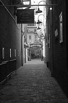Voodoo, New Orleans, Voodoo Cafe, Voodoo Alley New Orleans Halloween, New Orleans Voodoo, New Orleans Louisiana, Brother Voodoo, Down In New Orleans, New Orleans History, Voodoo Hoodoo, Nashville Photographers, Halloween 2014