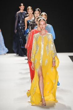Beautiful glitzy caftans at Naeem Khan Spring 2013                                                                                                                                                      Mais