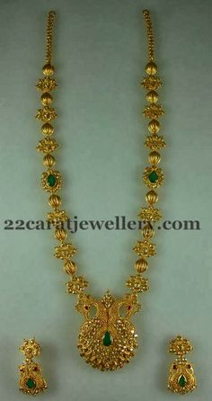 22 carat gold antique work designer long chain, water melon seeds shaped gold beads and floral patterned simple clasps combination neckla. India Jewelry, Temple Jewellery, Kerala Jewellery, Gold Jewellery Design, Diamond Jewellery, Designer Jewelry, Beaded Jewelry, Gold Jewelry, Gold Necklace